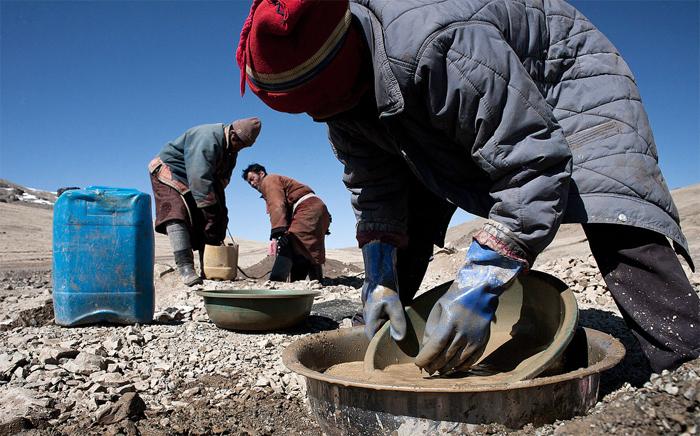 Нелегальная добыча золота в Монголии