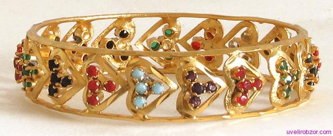 Из какого материала делают золотые браслеты
