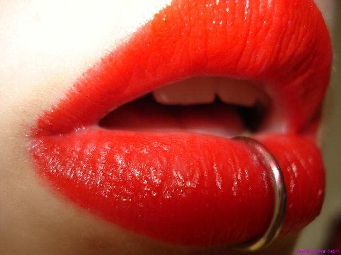 Пирсинг губ