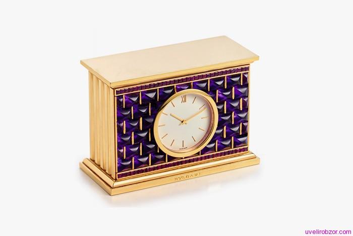 Настольные часы Bulgari